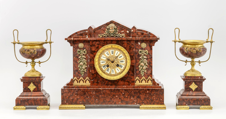 c0823540d7cc Лот Часы каминные с парными вазонами в Москве онлайн